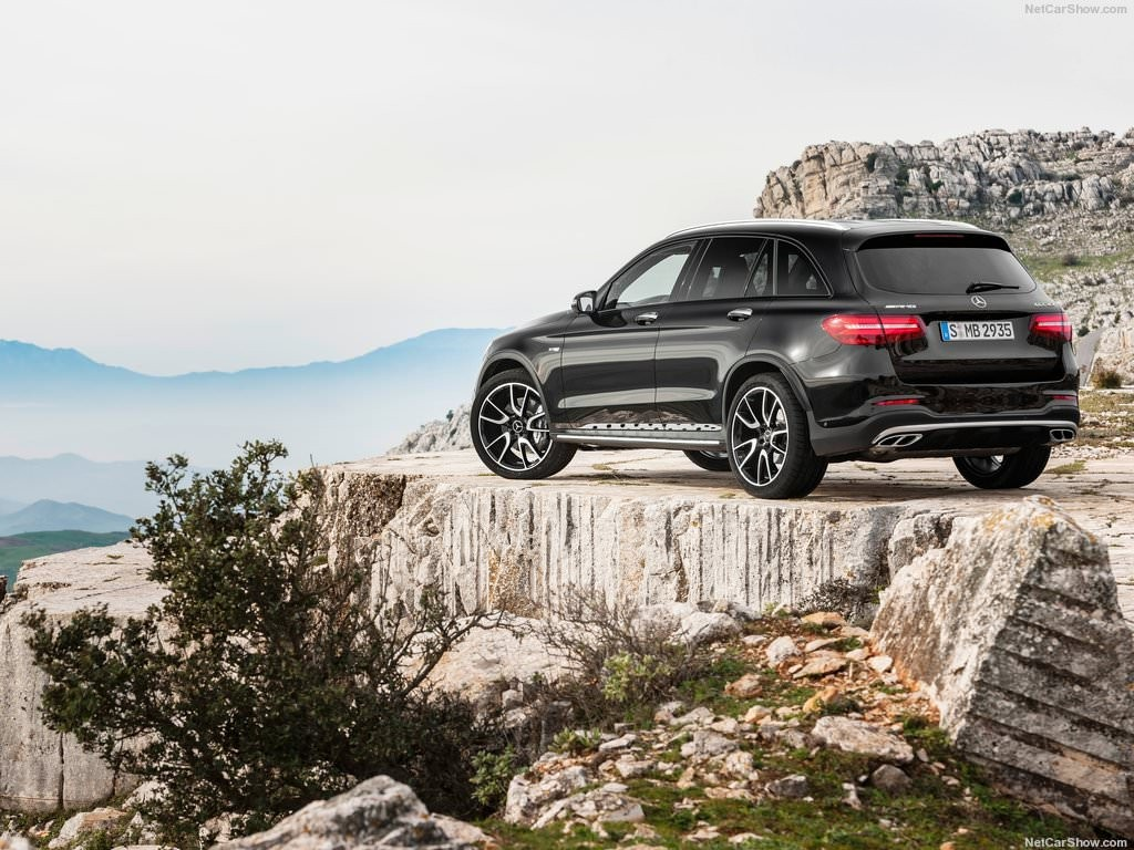 2017 Mercedes-Benz GLC43 AMG 4Matic-11