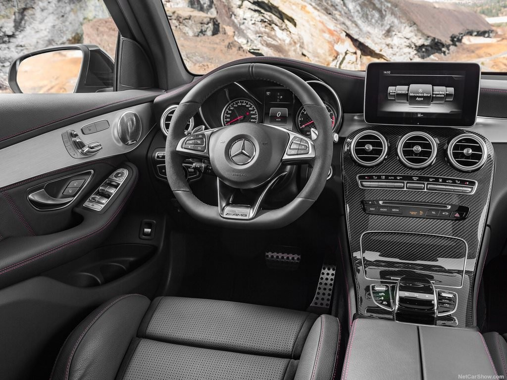 2017 Mercedes-Benz GLC43 AMG 4Matic-12