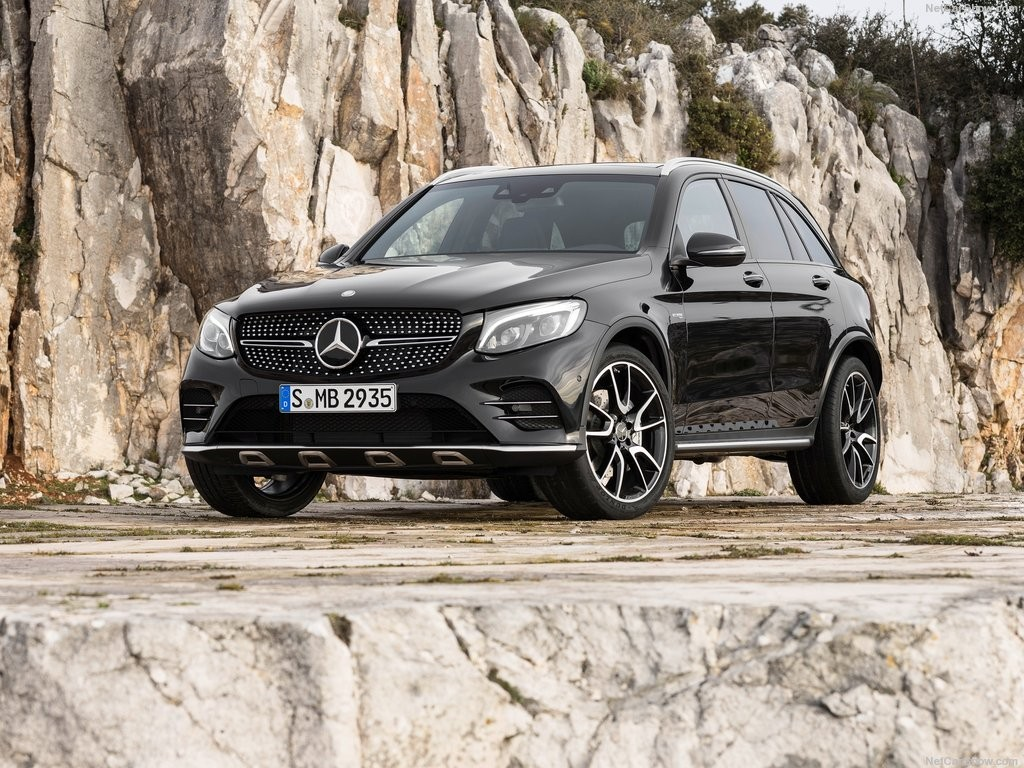 2017 Mercedes-Benz GLC43 AMG 4Matic-2