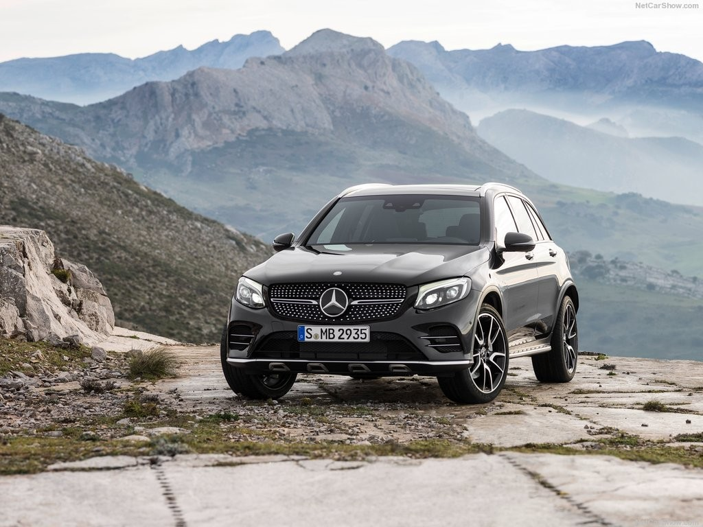 2017 Mercedes-Benz GLC43 AMG 4Matic-3