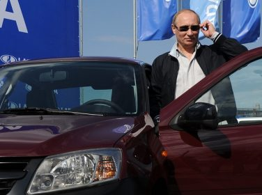 Rus Otomobil Devi Lada'yı Zarardan Putin de Kurtaramadı